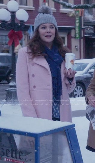 WornOnTV  Lorelai s pink coat on Gilmore Girls  A Year in the Life ... 7f36c967839