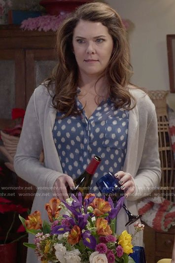 Lorelai's blue polka dot top on Gilmore Girls: A Year in the Life