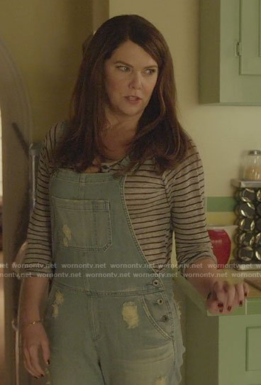 Lorelai's grey striped tee and denim overalls on Gilmore Girls: A Year in the Life