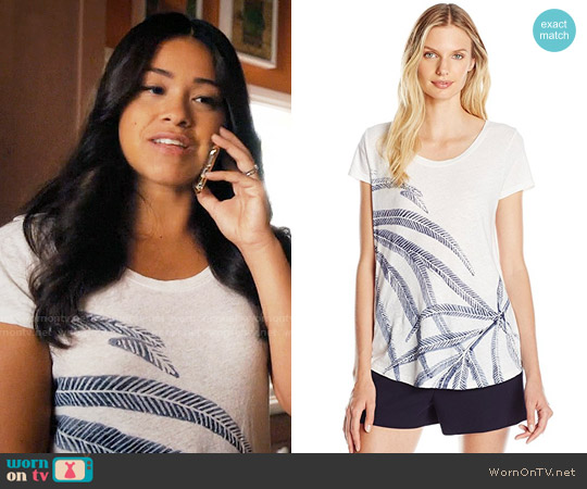 Lucky Brand Palm Fronds Tee worn by Jane Villanueva (Gina Rodriguez) on Jane the Virgin