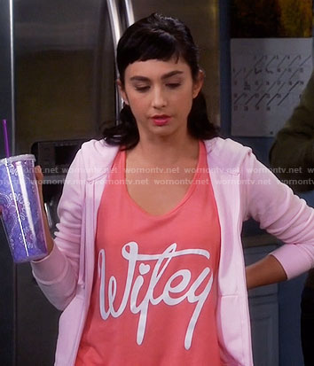 Mandy's coral pink Wifey top on Last Man Standing