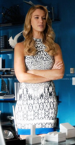 Petra's black and white printed dress on Jane the Virgin
