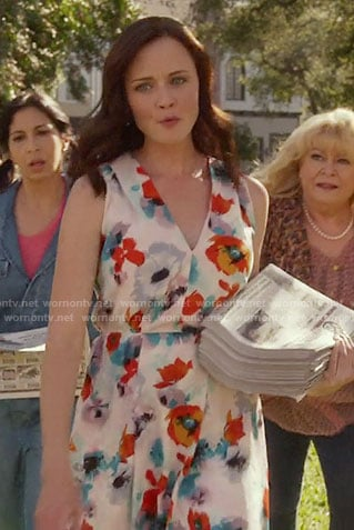 Rory's red and blue floral print dress on Gilmore Girls: A Year in the Life