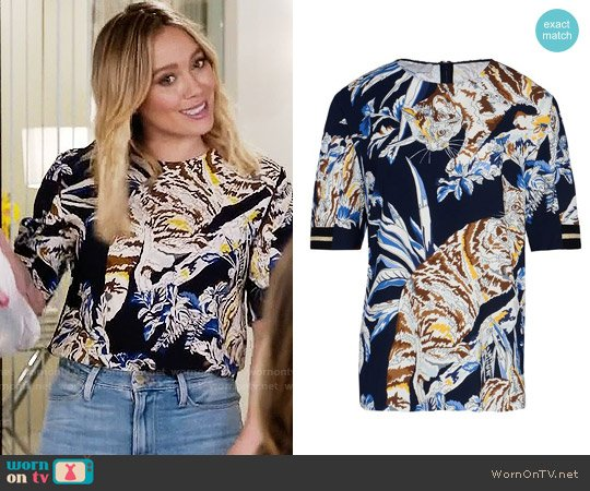 Stella McCartney Sybille Top worn by Kelsey Peters (Hilary Duff) on Younger