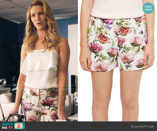 Ted Baker Ruthee Thistle Shorts worn by Petra Solano on Jane the Virgin