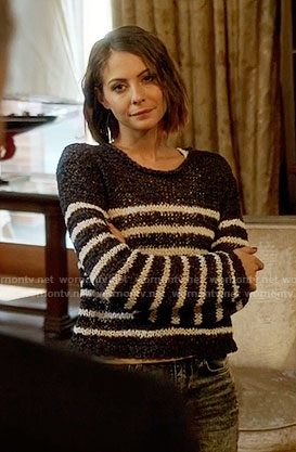 Thea's striped knit sweater on Arrow