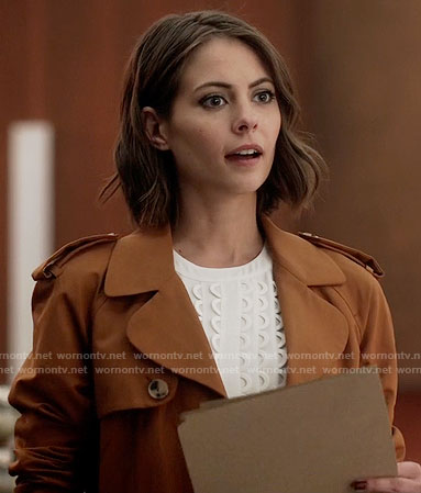Thea's white scalloped top and tan trench coat on The Flash