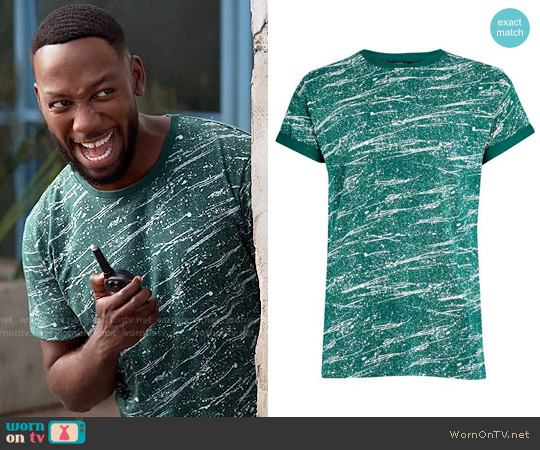 Topman Roller Fit Green Splatter T-Shirt worn by Lamorne Morris on New Girl