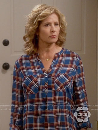 Vanessa's blue plaid blouse on Last Man Standing
