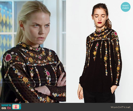 Zara Plumetis Tunic worn by Jennifer Morrison on OUAT