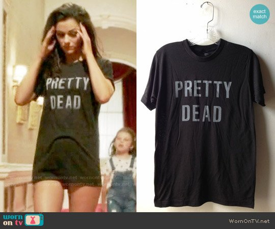 Heather Gabel Pretty Dead T-shirt worn by Princess Eleanor (Alexandra Park) on The Royals