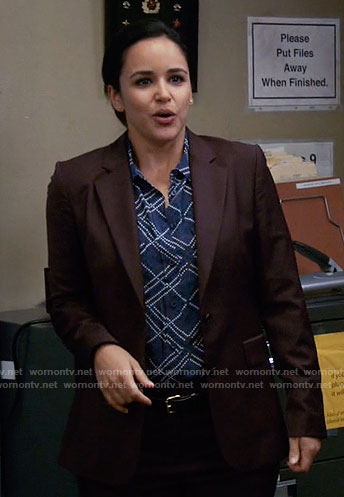 Amy's blue dotted pattern shirt on Brooklyn Nine-Nine