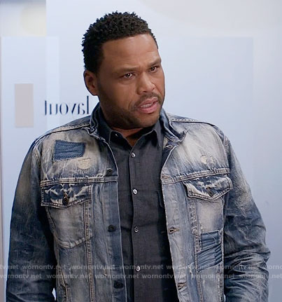 Andre's distressed denim jacket on Black-ish
