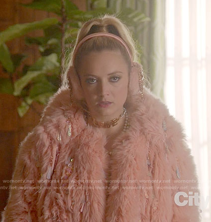 Chanel 3's peach fur and sequin jacket and LOVE choker on Scream Queens