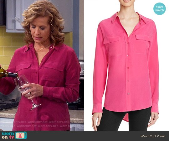 Equipment Slim Signature Blouse in Cosmopolitan Pink worn by Vanessa Baxter (Nancy Travis) on Last Man Standing
