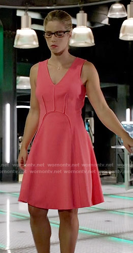 Felicity's pink v-neck dress on Arrow