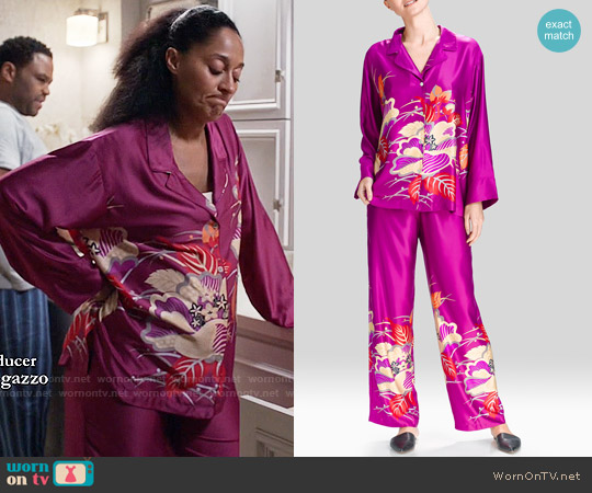 Natori Imperial Floral PJ worn by Rainbow Johnson (Tracee Ellis Ross) on Blackish