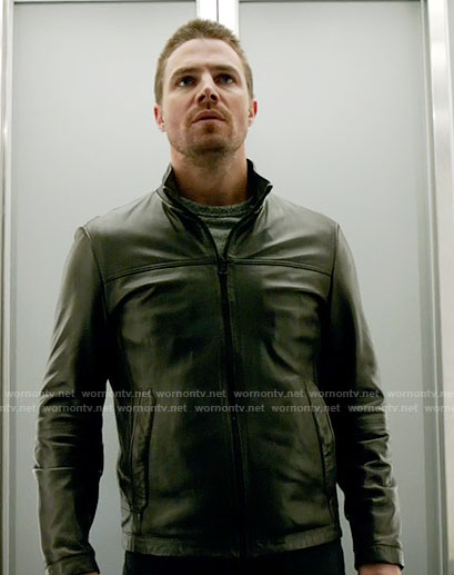 Oliver's black leather jacket on Arrow
