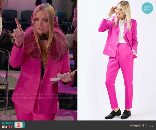 Topshop Double Breasted Suit Jacket and Cigarette Trousers worn by Billie Lourd on Scream Queens