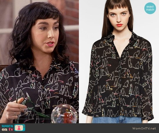 Zara Printed Shirt worn by Mandy Baxter ( Molly Ephraim) on Last Man Standing