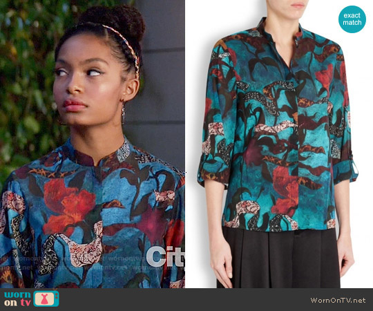 Alice + Olivia Eloise Blouse worn by Zoey Johnson (Yara Shahidi) on Blackish