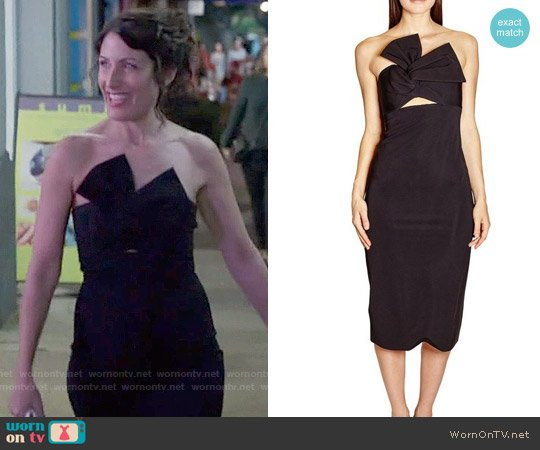 Cushnie et Ochs Strapless Twist Front Dress worn by Lisa Edelstein on GG2D