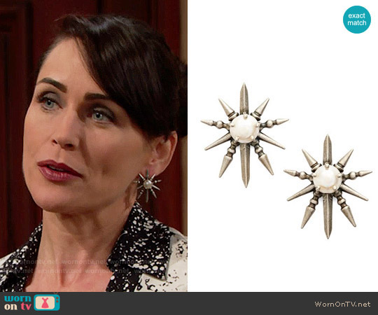 Kendra Scott Rogan Earrings worn by Quinn Fuller on The Bold & the Beautiful