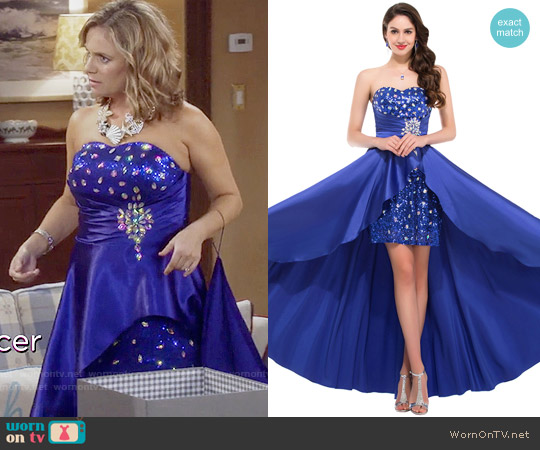 Strapless Prom Dress worn by Andrea Barber on Fuller House