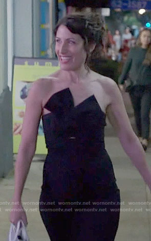 Abby's black strapless dress on Girlfriends Guide to Divorce