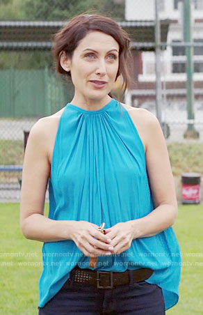 Abby's turquoise blue gathered top on Girlfriends Guide to Divorce