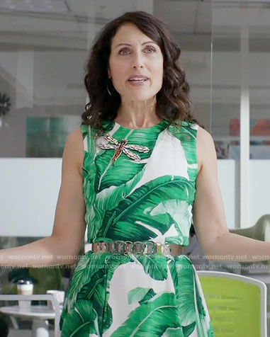 Abby's leaf print dress and dragonfly brooch on Girlfriends Guide to Divorce