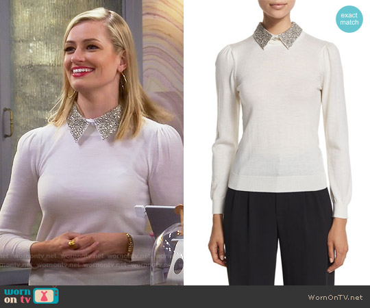 Alice + Olivia 'Era' Embellished Collar Sweater worn by Beth Behrs on 2 Broke Girls
