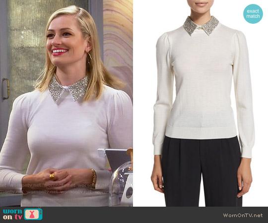 Alice + Olivia 'Era' Embellished Collar Sweater worn by Caroline Channing (Beth Behrs) on 2 Broke Girls