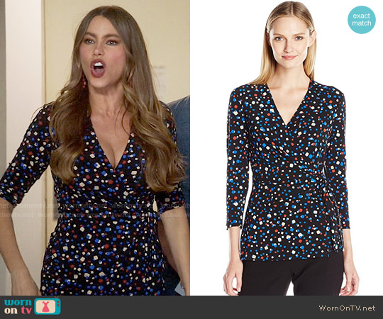 Anne Klein Confetti Print Wrap Top worn by Sofia Vergara on Modern Family