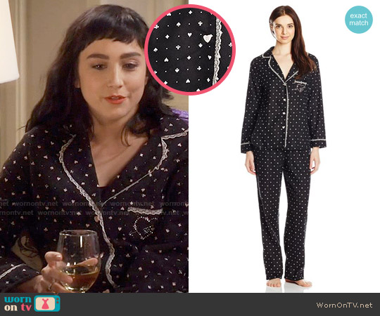Betsey Johnson Flannel Pajama Set in Hearts Spades worn by Mandy Baxter ( Molly Ephraim) on Last Man Standing