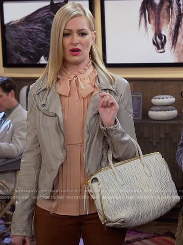 Caroline's nude ruffled blouse on 2 Broke Girls