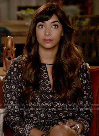 Cece's printed keyhole dress on New Girl