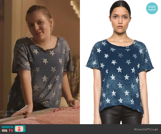 Current Elliott The Freshman Star Print Tee worn by Maisy Stella on Nashville