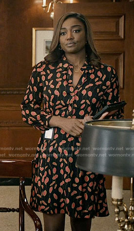 Daisy's black printed shirtdress on Madam Secretary
