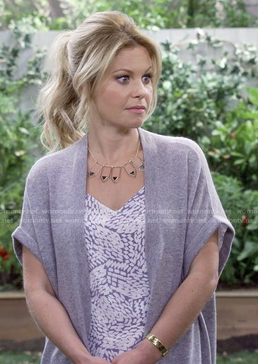 DJ's long short sleeve cardigan and lace-up wedges on Fuller House