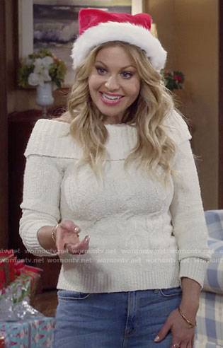 DJ's white cable knit off-shoulder sweater on Fuller House