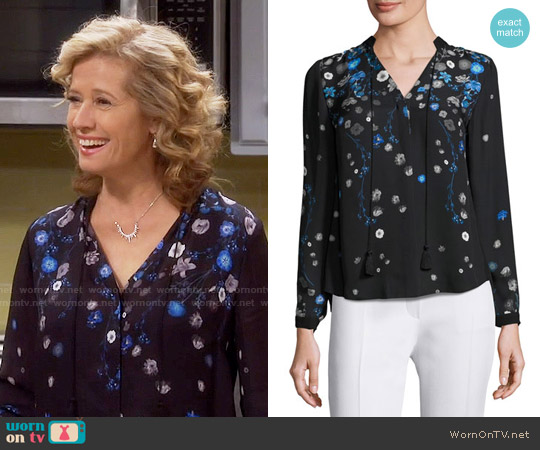 Elie Tahari Amina Blouse worn by Vanessa Baxter (Nancy Travis) on Last Man Standing