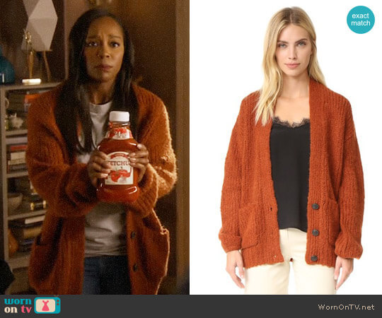 Elizabeth and James Lars Cardigan in Dark Rust worn by Aja Naomi King on HTGAWM