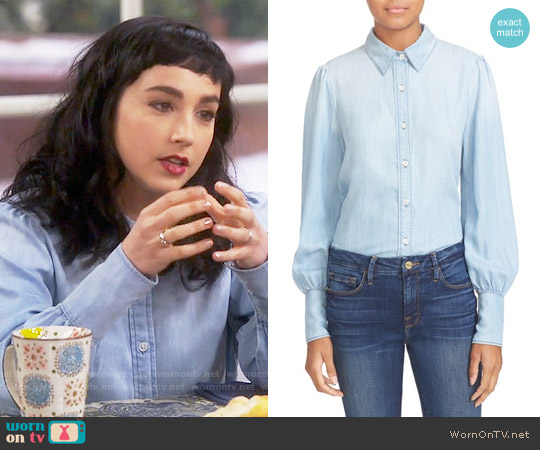 Frame Chambray Blouse worn by Mandy Baxter ( Molly Ephraim) on Last Man Standing