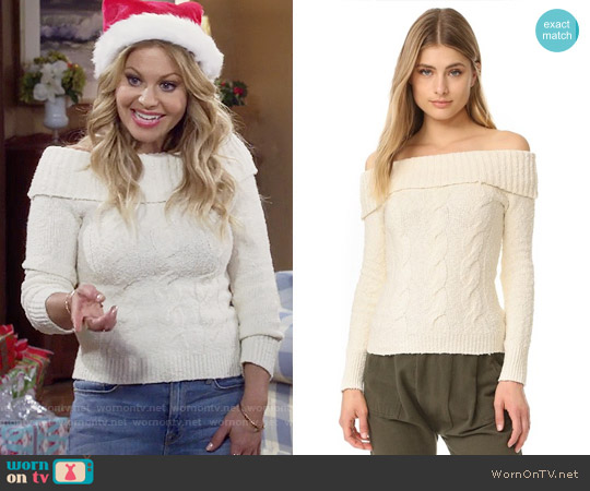 Free People Cable Fold Over Sweater worn by DJ Tanner-Fuller (Candace Cameron Bure) on Fuller House
