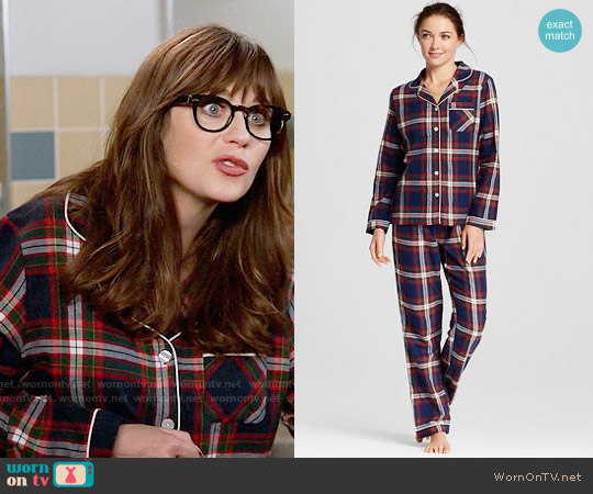 Gilligan & O'Malley Flannel North Collar Pajama Set worn by Zooey Deschanel on New Girl
