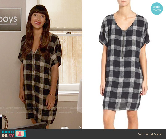 Madewell Zip-front Dress in Buffalo Sketch worn by Cece Parekh (Hannah Simone) on New Girl