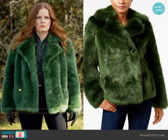 MICHAEL Michael Kors Faux Fur Peacoat worn by Zelena on OUAT