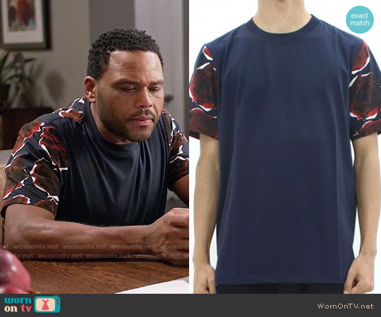 Paul Smith Rose Print Tee worn by Anthony Anderson on Blackish