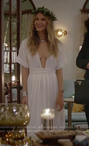 Phoebe's white plunge-neck maxi dress on Girlfriends Guide to Divorce